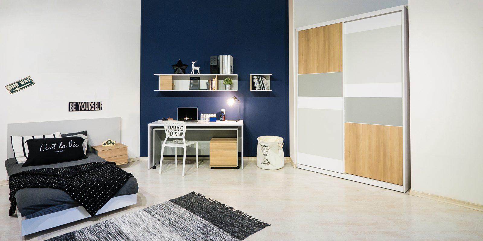 רהיטי דורון חדר שחר מחיר 4528 שח( ארון 1800, מערכת עבודה 1499, מיטה ושידה 1430 ) צילום איתי סיקולסקי (3)