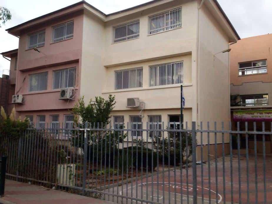 עיריית יהוד-מונוסון אישרה תקציב של 2 5 מיליון שח לטובת שדרוג ושיפוץ מוסדות חינוך בעיר
