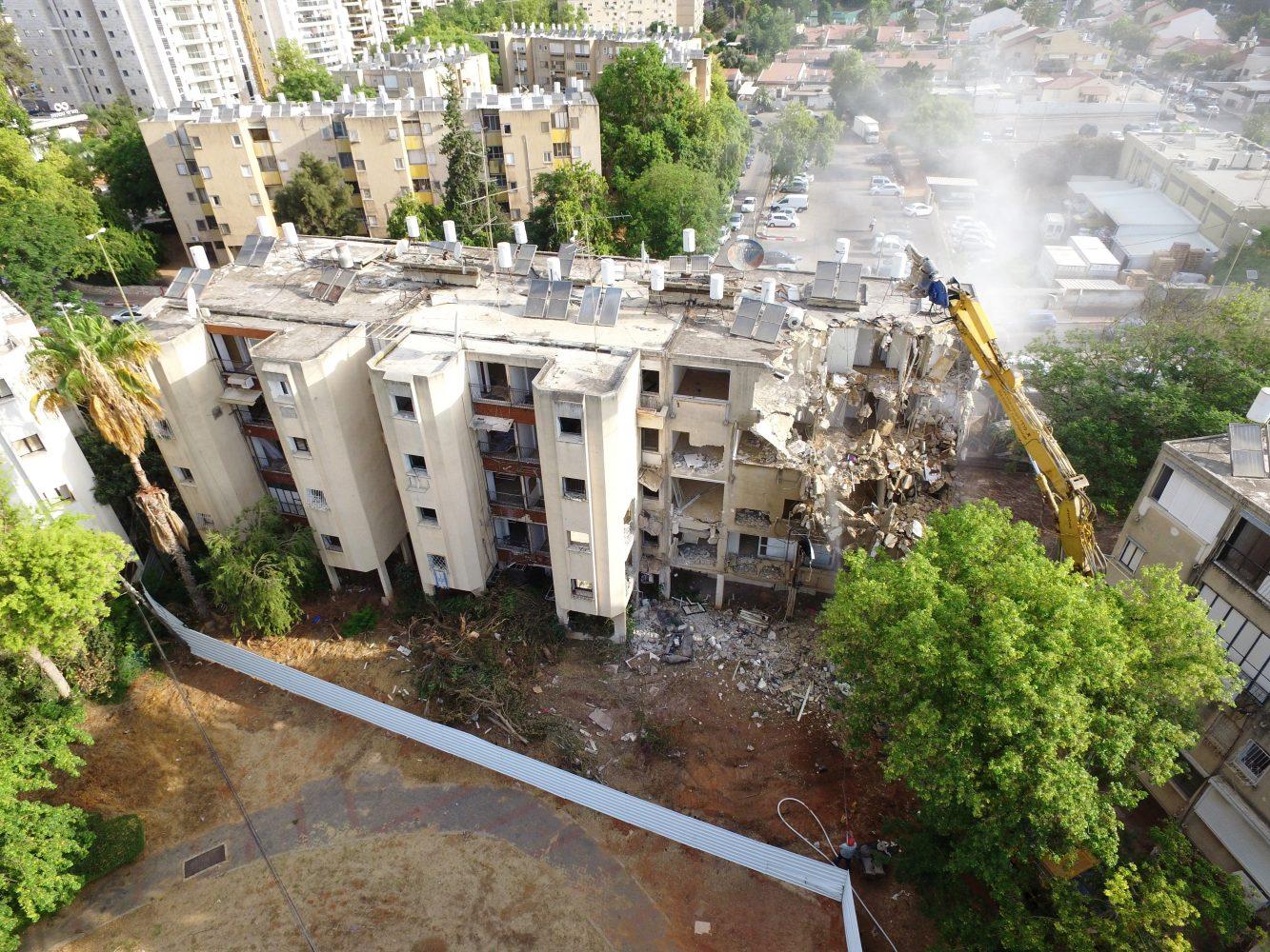 """פרויקט Ono Valley, פרויקט התחדשות עירונית רחב היקף, מהגדולים בישראל אי-פעם, אשר מקימה חברת אאורה בעיר בהשקעה של למעלה מ-750 מיליון שקל והוא יכלול בסה""""כ 680 דירות חדשות"""