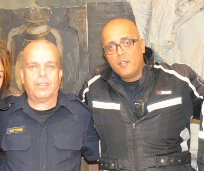 מיקי שמואל ומאיר בכיר שוטרים קהילתיים אור יהודה
