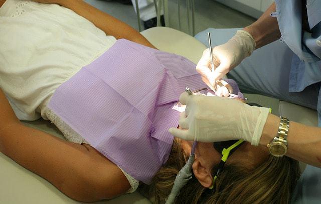 מרפאות השיניים המומלצות ביותר בסביון וגני תקווה (צילום: pixabay)