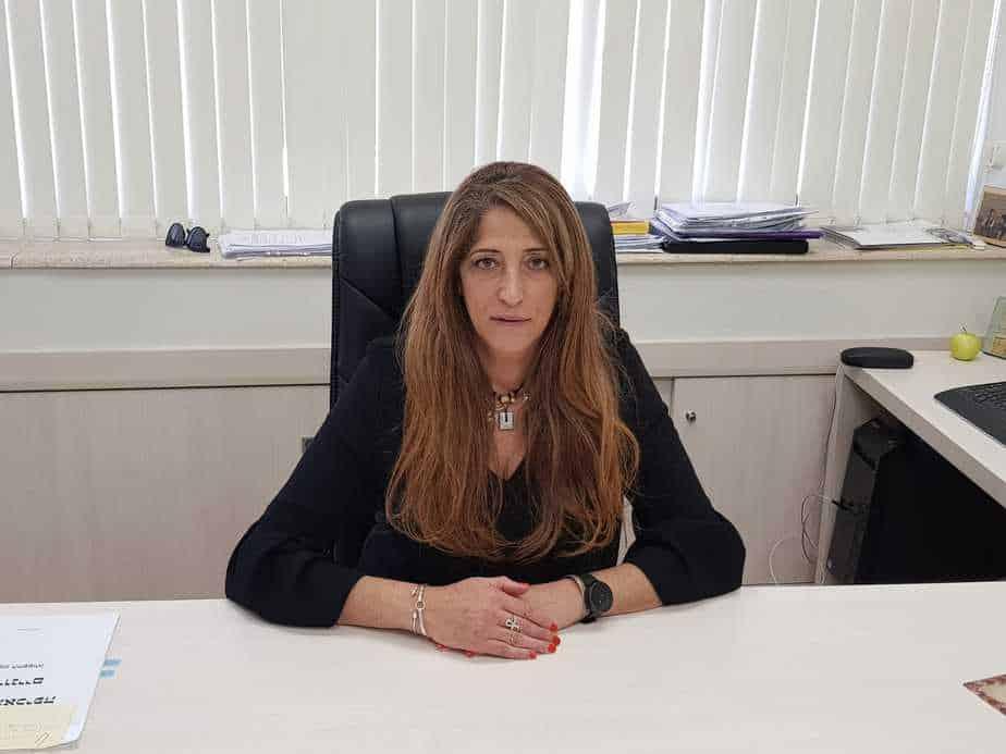 האדריכלית ענת לרנר, ראש המינהלת להתחדשות עירונית בעיריית יהוד-מונוסון