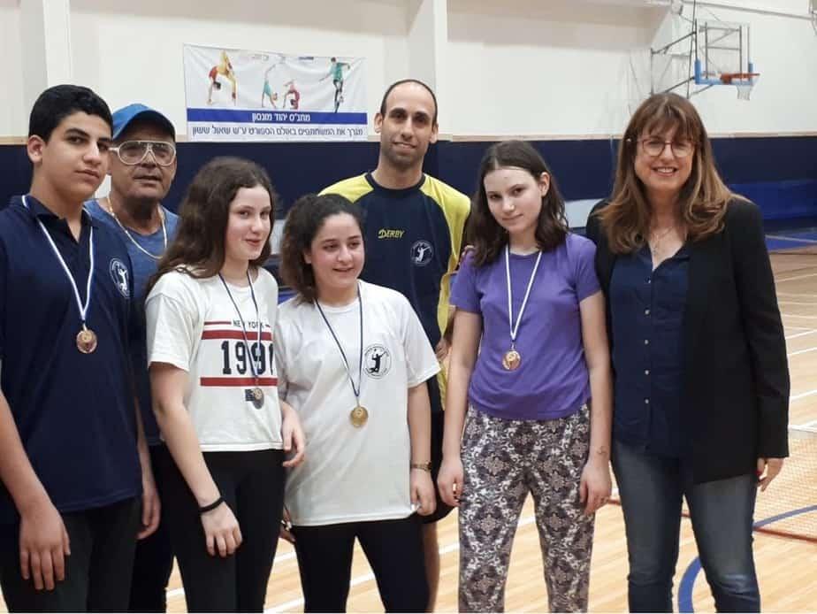 חלוקת מדליות תחרות לילדים מתחילים 2018 בנוכחות ראש העיר ומנהל מחלקת הספורט