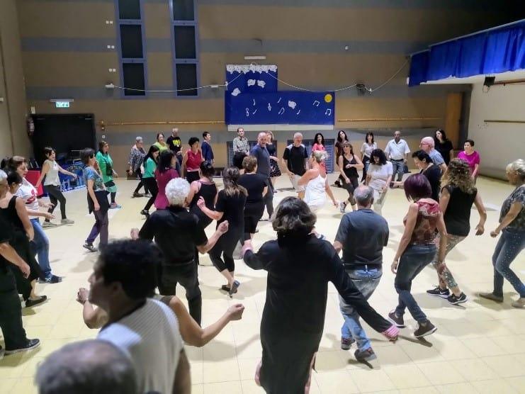 מעגלים מעגלים ברחבת הריקודים